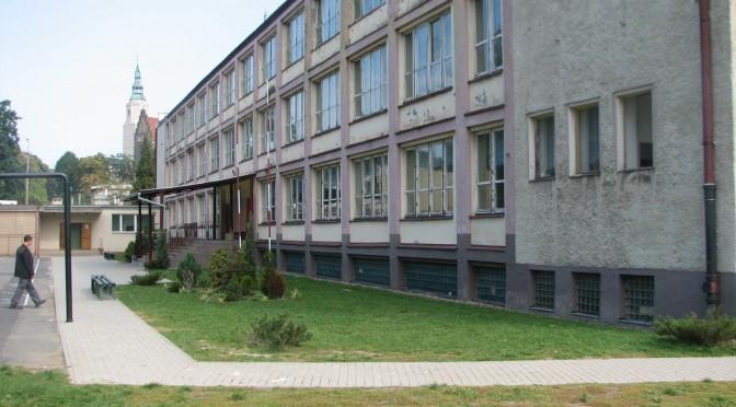W Dzierżoniowie zabrakło pieniędzy na zajęcia dla dzieci!!!